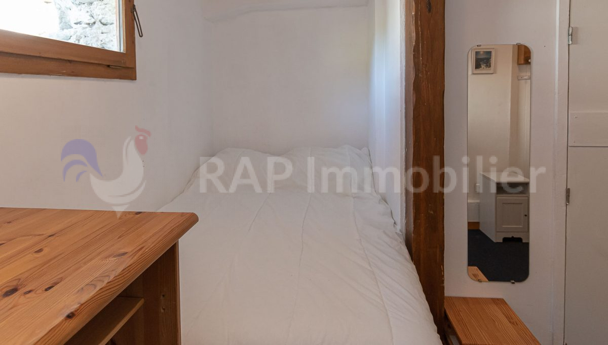 (3) Bedroom 1 and ensuite-3