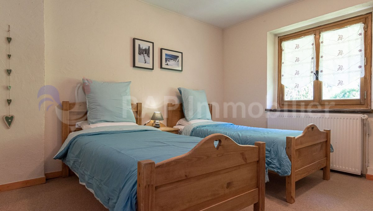 (4) Bedroom 2 and ensuite-2