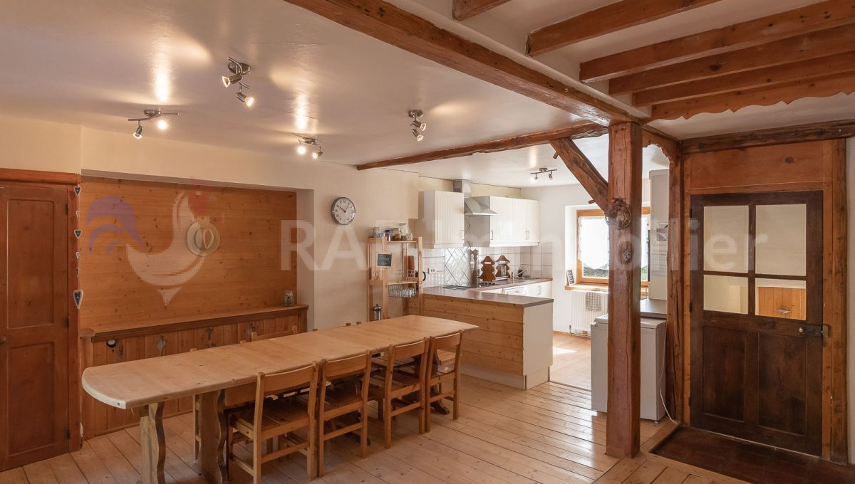 (51) Kitchen and dining room-12
