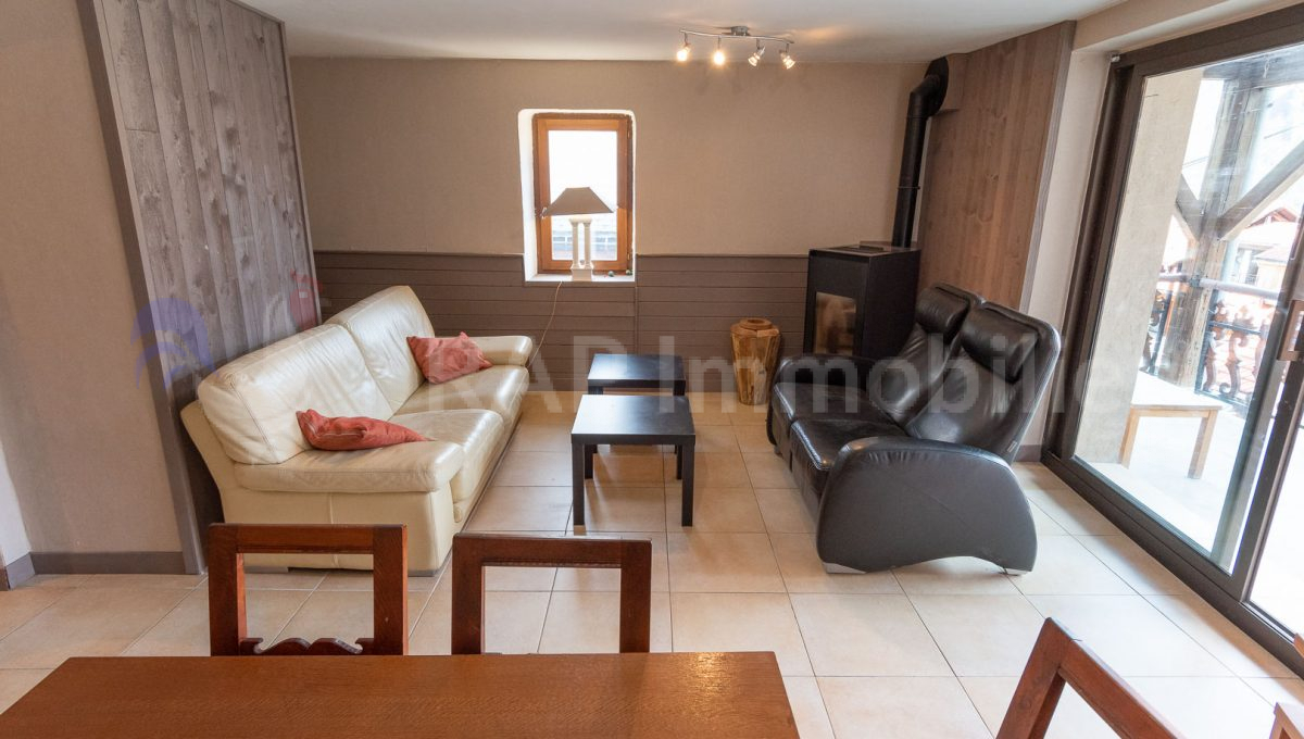 (2) Living and dining room-5