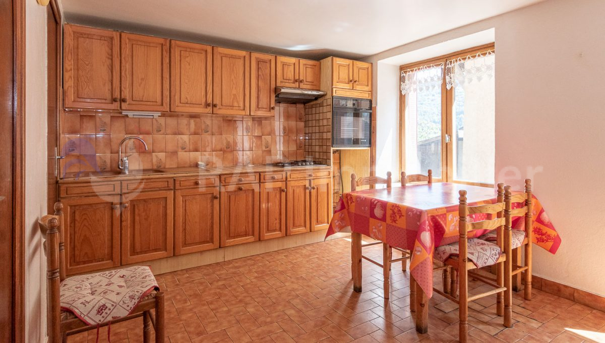 (1) Kitchen and dining-12