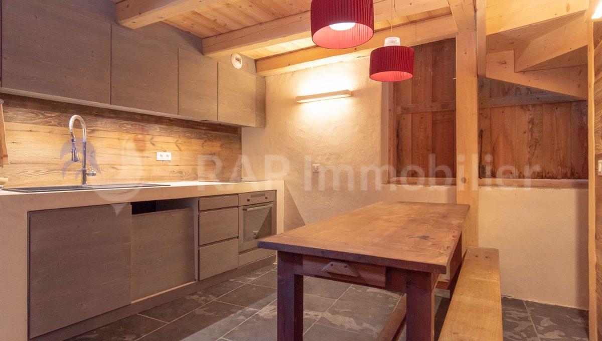 (2e) Kitchen 1f-2