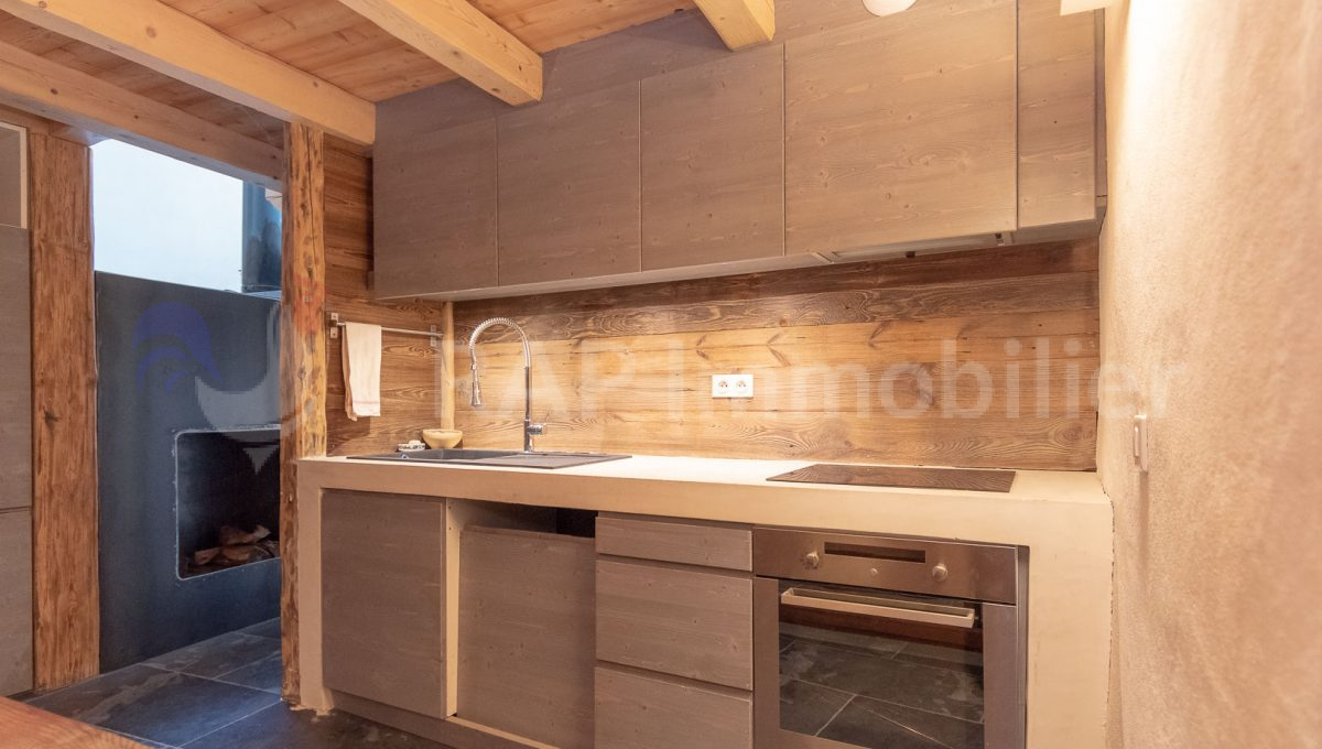 (2e) Kitchen 1f-5