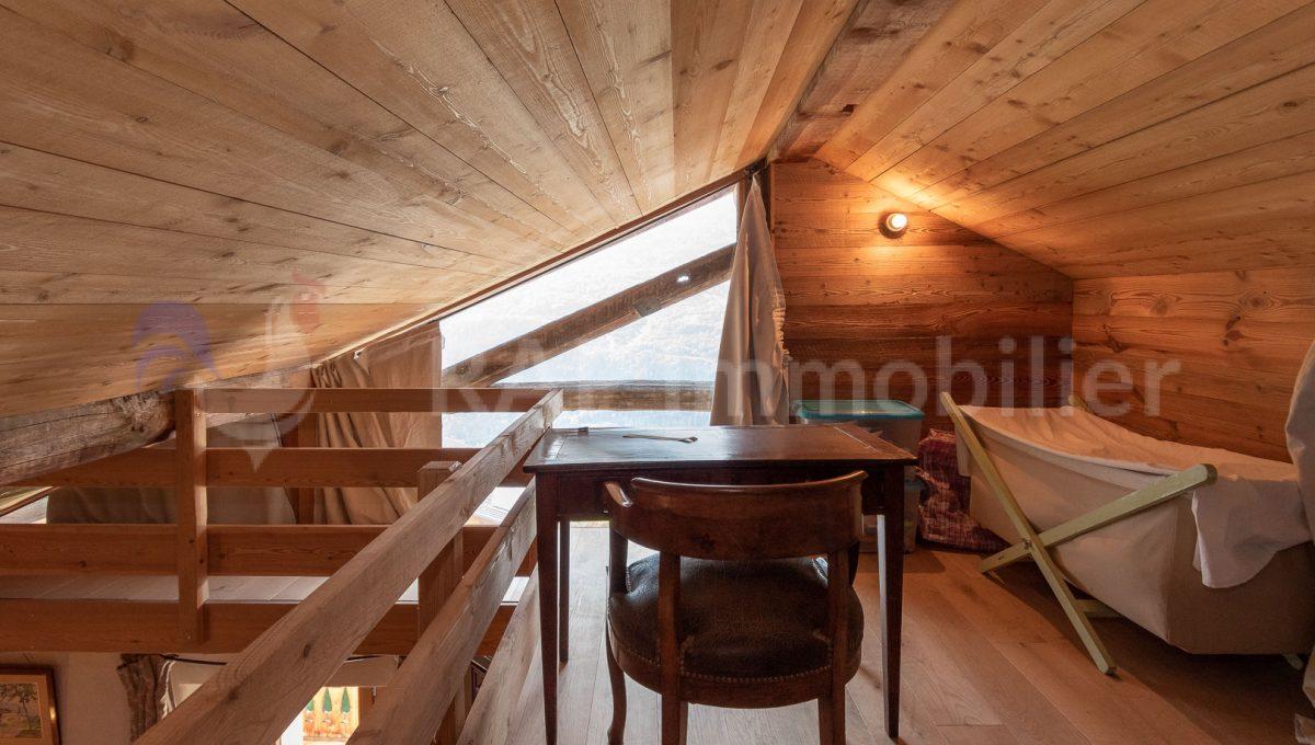(3a) Master ensutie bedroom and mezzanine-7