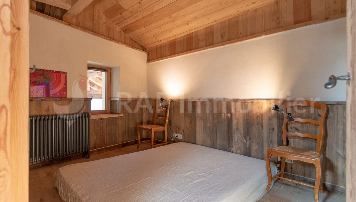 (3c) Bedroom and ensuite-2