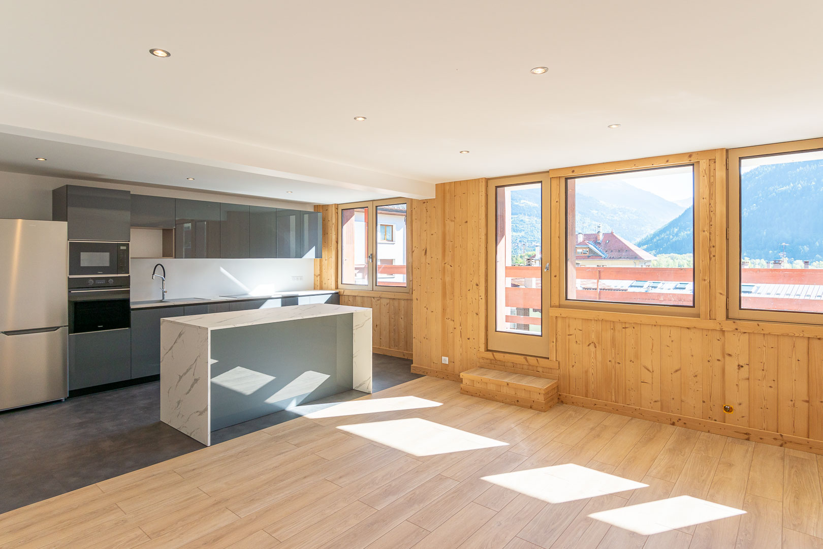 Fantastic renovated apartment at the heart of Bourg St Maurice – PARADISKI